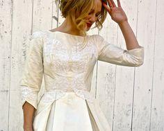 1950s dress / vintage 50s wedding dress / by WhiteBarnVintage, $214.00