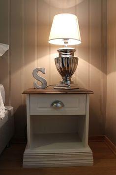 Søkeresultater for «label/DIY-silje Nightstand, Master Bedroom, Household, Table, Inspiration, Furniture, Home Decor, Images, Bedroom Ideas