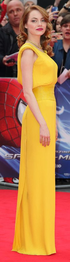 Emma Stone in Atelier Versace at The Amazing-Spiderman 2 London premiere.