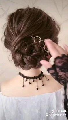 Hairdo For Long Hair, Bun Hairstyles For Long Hair, Hair Up Styles, Hair Arrange, Hair Videos, Hair Hacks, Hair Makeup, Hair Cuts, Beauty