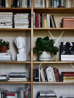 Did you know that parts bought 50 years ago are still compatible with today's Lundia Classic products? Home Library Rooms, At Home Furniture Store, Nautical Home, Dream Decor, Home Decor Accessories, Accessories Online, Luxurious Bedrooms, Lund, Interior Inspiration