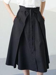 Black Cotton Simple Plain Pockets Midi Skirt with Belt