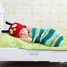 Newborn Crochet Outfits Baby Hat Baby Boys and Girls Cap Newborn Cute Caterpillar Photography Props Halloween Bebes, Newborn Halloween Costumes, Baby Costumes, Diy Halloween, Baby Boys, Baby Boy Newborn, Newborn Photography Props, Newborn Photo Props, Girl Photography