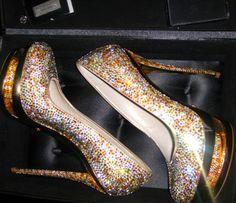 Müthiş Gianmarco Lorenzi Ayakkabı Give Away . Stilettos, Stiletto Heels, High Heels, Uggs, Gianmarco Lorenzi, Crystal Shoes, Cute Heels, Sexy Heels, Dream Shoes