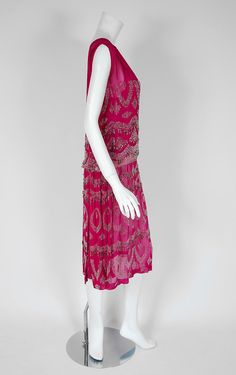 French Couture Fuchsia-Pink Beaded Deco Silk-Chiffon evening dress with glass-beads in circular loop patterns and a rhinestone satin trimmed drop-waist - Side 4