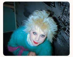 Debbie Juvenile photographed in London by Simon Barker in 1977 70s Punk, Punk Goth, 80s Goth, Batman Outfits, Emo Outfits, Rock Outfits, Hipster Outfits, Punks Not Dead, Bella Freud