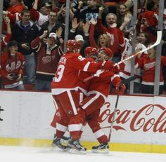 Datsyuk scores with 5 seconds left.  Congrats Pavel! #22 in a row