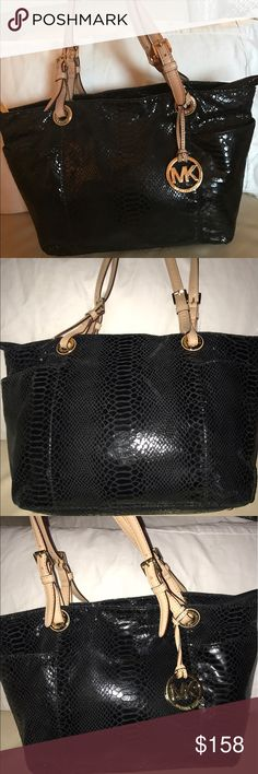 MK MINT PYTHON BLACK LEATHER TOTE/HANDBAG MINT MINT MINT CONDITION INSIDE & OUT. Used minimally. BLACK PYTHON LEATHER TOTE OR HANDBAG. BEST OFFER! Michael Kors Bags Totes