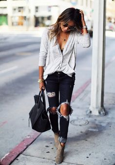 Love Her Look Fashion Outfit Fashion Blogger Style, Fashion Mode, Look Fashion, Fashion Outfits, Fashion Trends, Net Fashion, Woman Outfits, Style Blog, Woman Fashion
