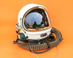Helmet Drawing, Astronaut Helmet, Military Gear, Retro Futurism, Art Boards, Air Force, Pilot, Character Design, Hats