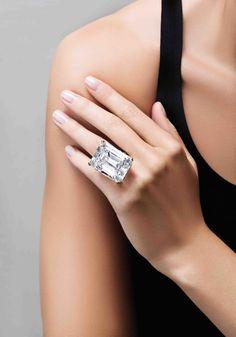 This Incredible 100-Carat Diamond May Sell for $25 Million  - HarpersBAZAAR.com