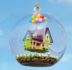 LOVE this Pixar UP Terrarium! It would be such a cute Christmas ornament too!