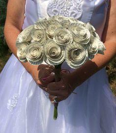 Spiral book page bouquet  , bridal paper flower bouquet for rustic romantic wedding, bride, toss bouquet, keepsake