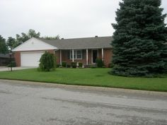 *SOLD* Cedarlane Drive $152,900 On the Market 52 Days!