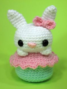 Free Crochet Amigurumi Bunny Cupcake Pattern