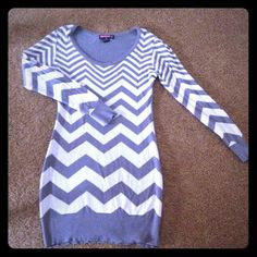 Long sleeve dress Gorgeous long sleeve dress in great condition Saywhat  Dresses Long Sleeve