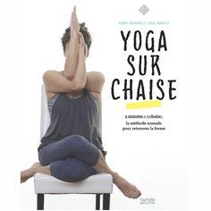 Livre pour faire du yoga sur une chaise