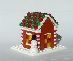15 fantastic gingerbread houses to make with kids this year - featuring healthy gingerbread houses, a LEGO gingerbread house, and gingerbread house crafts. Lego Christmas Ornaments, Lego Christmas Village, Lego Village, Christmas Ideas, Christmas Crafts, Lego Winter, Legos, Lego Gingerbread House, Lego Advent Calendar