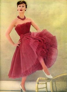1954, DIOR. OMG I'm in LOVE with this creation!