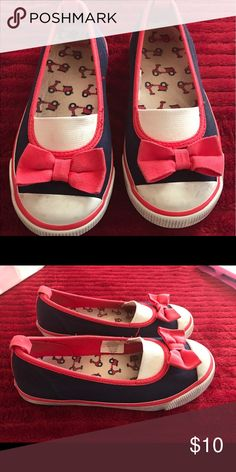 Gymboree Ciao Puppy shoes size 11 Very good condition Gymboree Shoes