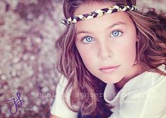 senior or young girl Spring Photography, Toddler Photography, Dance Photography, Lifestyle Photography, Photography Ideas, Graffiti Photography, Sibling Photo Shoots, Teen Photo Shoots, Fall Family Portraits