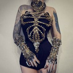 Golden skeleton corset by agnieszkaosipa steampunktendencies steampunk agnieszkaosipa skeleton corset bones jewellery ornaments embroidery pearls crystals handmade golden armor chest Dark Fashion, Gothic Fashion, Fashion Art, Fashion Outfits, Womens Fashion, Fashion Design, Style Fashion, Beautiful Outfits, Cute Outfits
