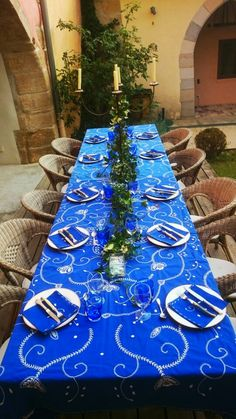 A table for our guests !