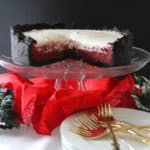 A classic Mississippi Mud Pie gets a holiday twist by adding delicious and vibrant red velvet flavor! This is truly a showstopper for your Christmas dinner. Red Velvet Flavor, Mississippi Mud Pie, Cookie Crust, Velvet Cake, Christmas Desserts, Food And Drink, Baking, Sweet, Christmas Deserts