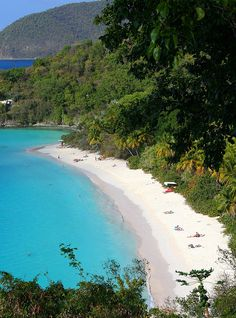 St. John Trunk Bay by Foxinsane, via Flickr