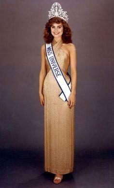 Miss universo 1982  de Canada Karen Baldwin, 19 años