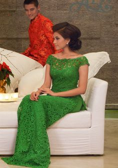 lace ao dai for bridesmaids? diff color fosho