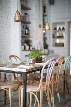 chaises peintes