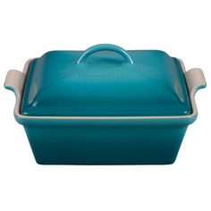 Le Creuset stoneware casseroles offer superior, highly functional performance in the oven and at the table. These durable stoneware dishes include tight-fitting lids and easy-to-grip grooved side handles, and are designed for a multitude of kitchen tas Moussaka Recipe, Le Creuset Stoneware, Keep Food Warm, Hacks, Savoury Dishes, Food Preparation, Casserole Dishes, Caribbean, Kitchen Stuff