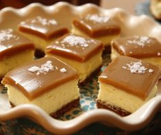 Use this recipe for caramel! (DH) Salted Caramel Cheesecake Squares recipe from Ree Drummond via Food Network Cheesecake Squares, Salted Caramel Cheesecake, Cheesecake Recipes, Carmel Cheesecake, Salted Caramels, Blackberry Cheesecake, Apple Cheesecake, Ree Drummond, Köstliche Desserts