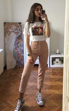 Musa do estilo: Mari Malibu - Guita Moda - Outfit Ideen Cute Casual Outfits, Edgy Outfits, Retro Outfits, Mode Outfits, Simple Outfits, Vintage Outfits, T Shirt Outfits, Simple Ootd, Jeans And T Shirt Outfit