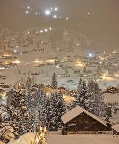 Christmas Feeling, Noel Christmas, Winter Christmas, Xmas, Christmas Aesthetic Wallpaper, Christmas Wallpaper, Winter Love, Winter Scenery, Winter Wonderland