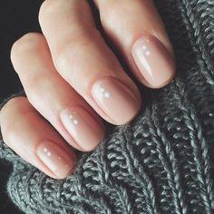 """sarahbland #nude #gel #white #dots #nailart #nailsbysarahb @hellosarahurie ⚪️⚪️"" (♥)"
