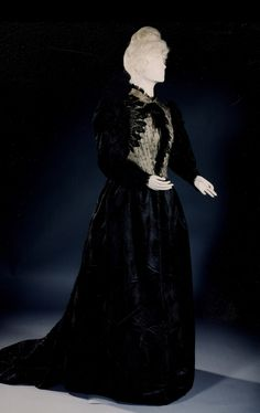 Dress ca. 1890 From the Royal Museums of Art and History