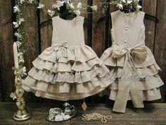 Country flower girl dress. Linen flower girl by englaCharlottaShop, €49.00