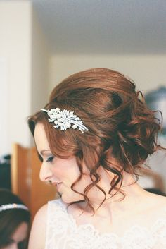 Classic wedding 'do with a little embellishment in perfect balance. Excellent