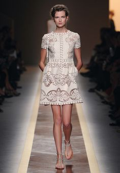 Slavic embroideries, Russian braids and Scottish knits. VALENTINO traverses the globe, examines folk costumes and translates the traditional sewing techniques to create some of the most exquisite and enchanting silhouettes seen on the catwalk this season.