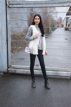 //SHOP THE LOOK // Kuschel-Alarm! Crew-Member Silky zeigt, wie sie ihre flauschige Fake Fur Weste für den Alltag stylt. Shoppt den Look nach: http://liketk.it/2qcAx // Crew member Silky shows how she styled her fluffy fake fur vest for an everyday look. Shop the look: @liketoknow.it #liketkit