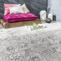 carrelage_sol_gris_blanc_effet_terre_cuite_villa_l_20_x_l_20_cm Lanai Porch, Yard Design, Custom Furniture, Outdoor Spaces, Terracotta, Sweet Home, Villa, New Homes, Interior Design