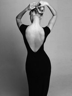 Discover recipes, home ideas, style inspiration and other ideas to try. Black And White Portraits, Black And White Pictures, Black And White Photography, Alter Ego, Pose Mannequin, Gentleman Style, Classy And Fabulous, Elegant Woman, Vestidos
