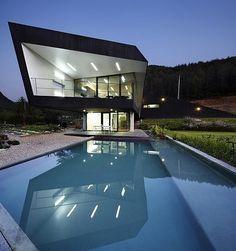 Amazing Houses | HomeAdore