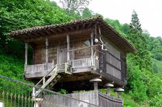 (60) Twitter Style At Home, Cabin, House Styles, Treehouses, Kiosk, Home Decor, Homes, Twitter, Decoration Home