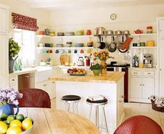 Open Kitchen Shelving That Will Inspire You All the colors in the white kitchen!All the colors in the white kitchen! Kitchen Ikea, Red Kitchen, Kitchen Colors, Kitchen Dining, Happy Kitchen, Kitchen Sink, Fiesta Kitchen, Neutral Kitchen, Nice Kitchen