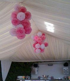 Pompones de papel decoración bautismo / / fiestas por PomGarden