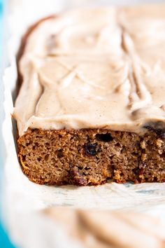 """This paleo spice cake is perfectly moist, tender, and packed with warm sweet spices and flavor! Topped with a dairy-free cinnamon """"cream cheese"""" frosting. Healthy Cake, Healthy Desserts, Cupcake Recipes, Baking Recipes, Low Calorie Baking, Dairy Free Recipes, Gluten Free, Paleo Recipes, Apple Coffee Cakes"""