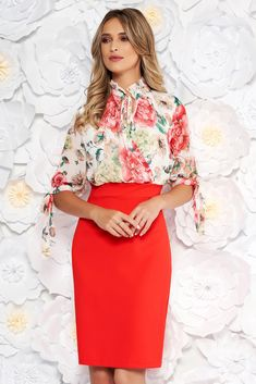 Coral elegant daily pencil dress with 3/4 sleeves with floral prints, tented cut, floral prints, 3/4 sleeves, side zip fastening, tied with bow